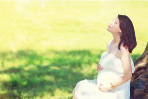 Giữ cảm xúc tích cực là một trong yếu tố quyết định trong quá trình thai giáo